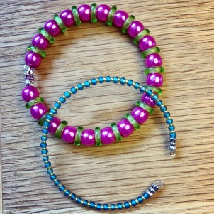 Memory wire bracelets - glass beads